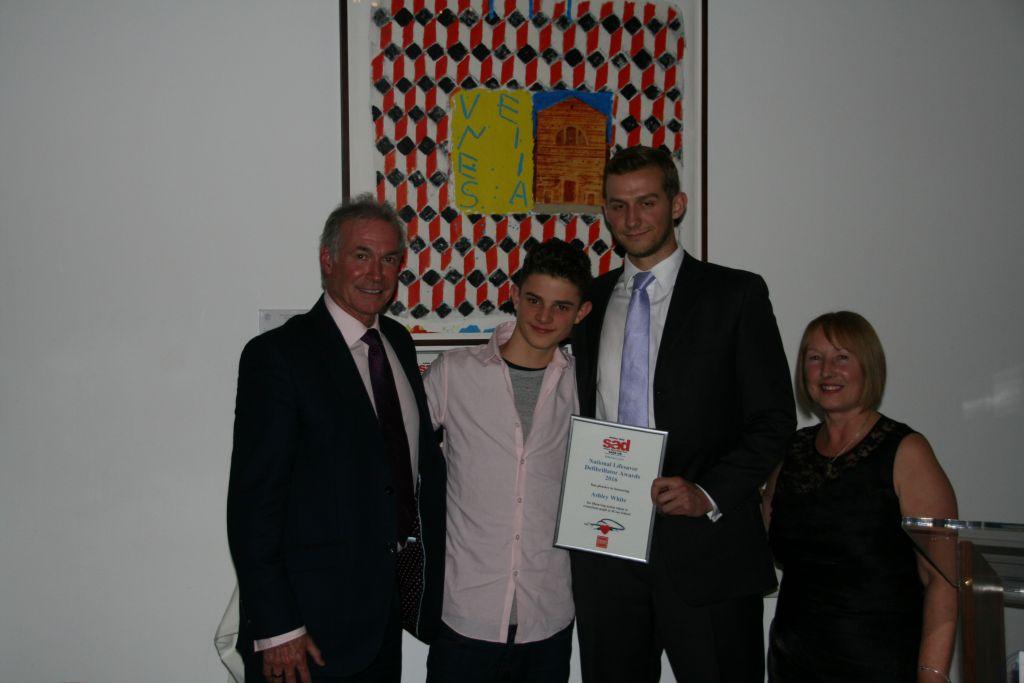 jcoss heroic jcoss teacher awarded for saving students